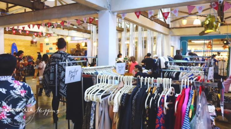 611f0ae7e6e0 Hoppiepolla-Shopping-Community Carousell-Treasure-Market 01